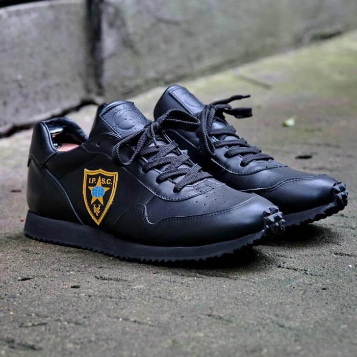 Кроссовки для стрелкового клуба Piranha
