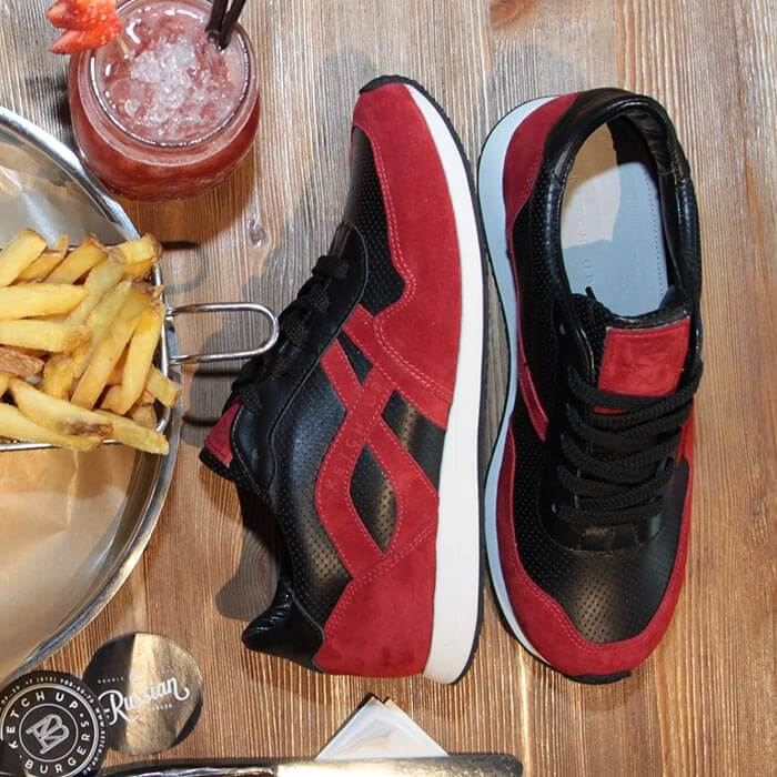 Sneakers for the network of restaurants