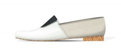 Dimensional pair of AFOUR shoes to confirm the size